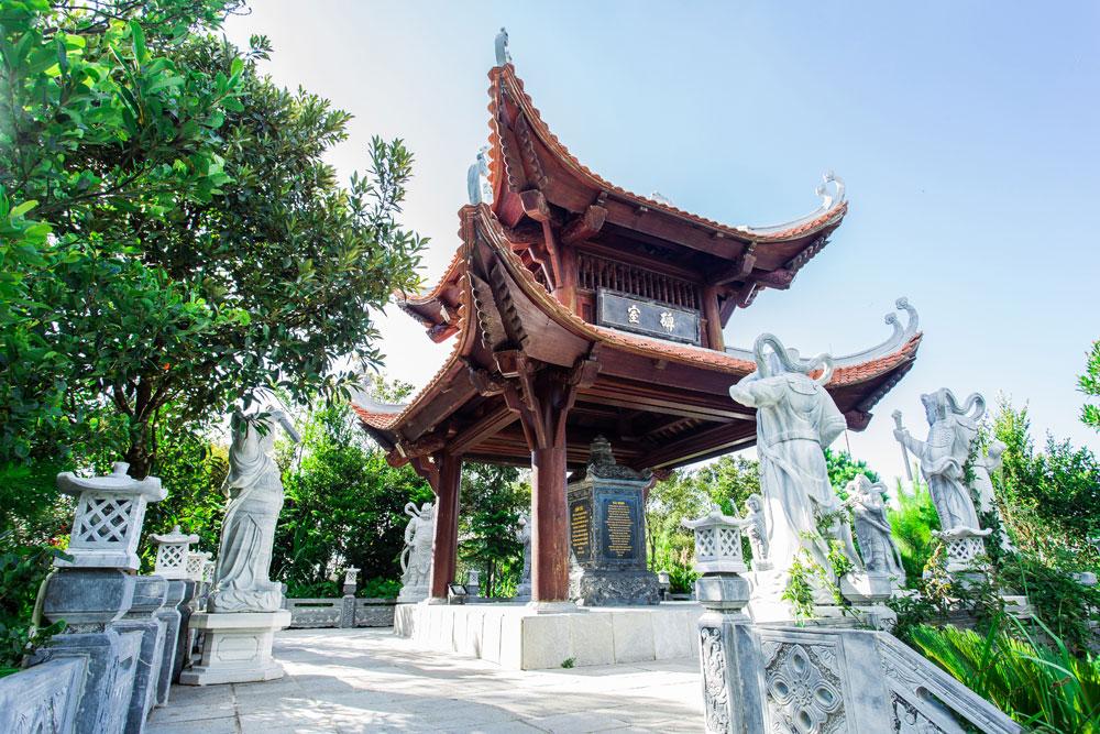 Linh Phong Thiền Tự Bà Nà Hills