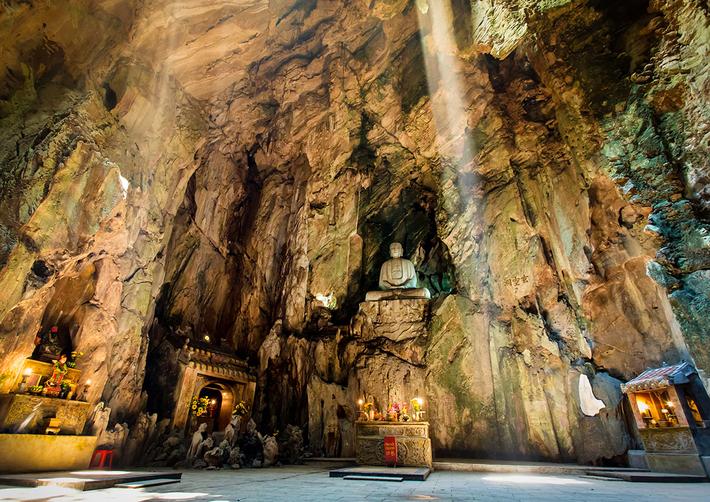 Động Huyền Không Ngũ Hành Sơn - Du lịch Đà Nẵng