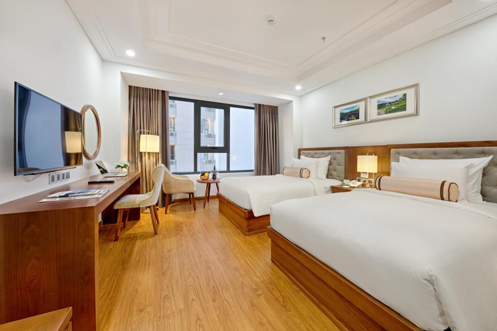 Phòng Deluxe khách sạn Paris deli