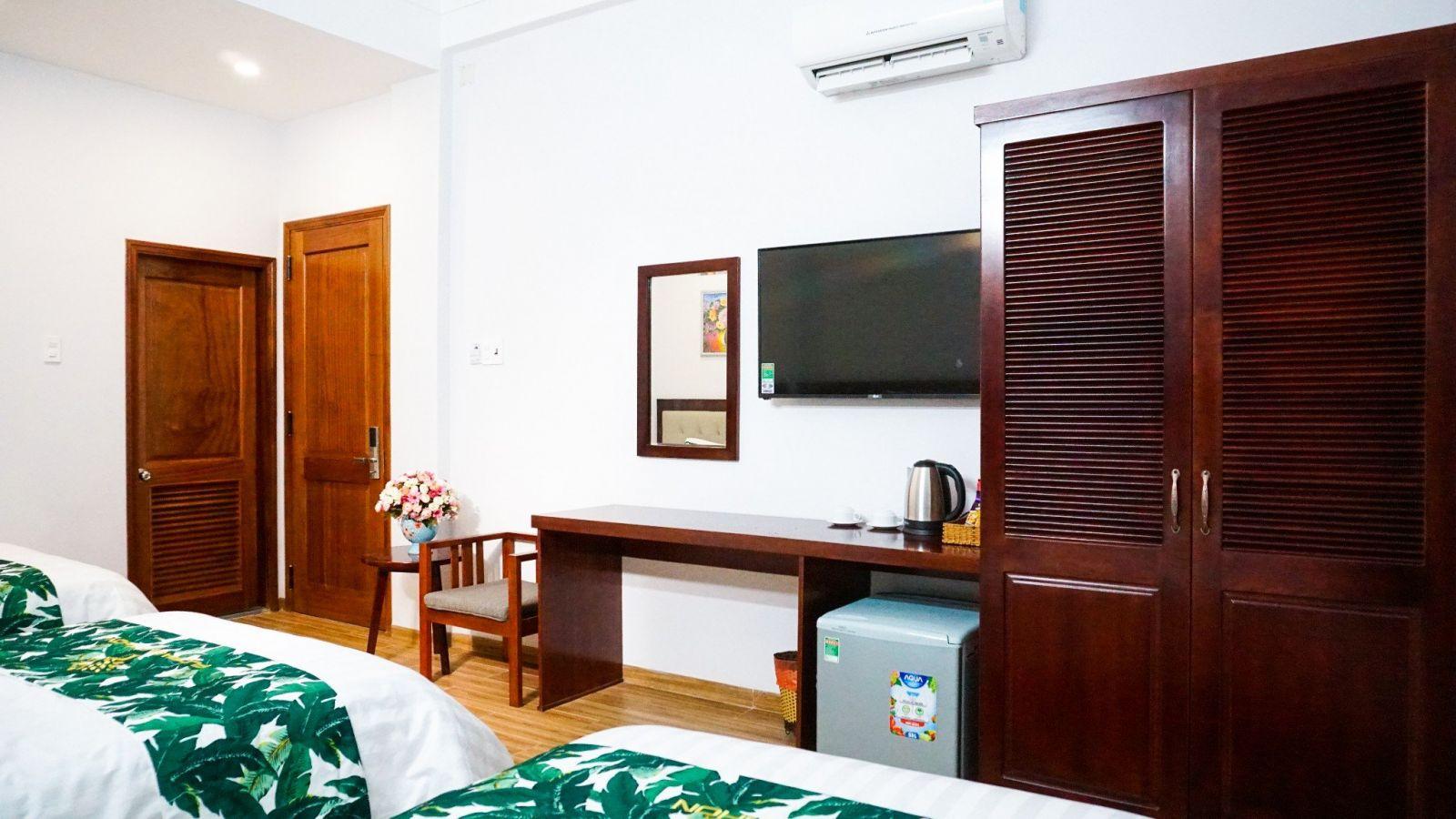 Khách sạn Golden Bay Đà Nẵng có phòng tắm view cực đã