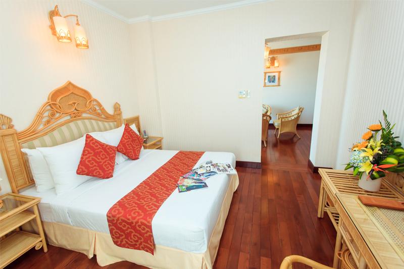 Phòng superior stansard khách sạn Green Plaza