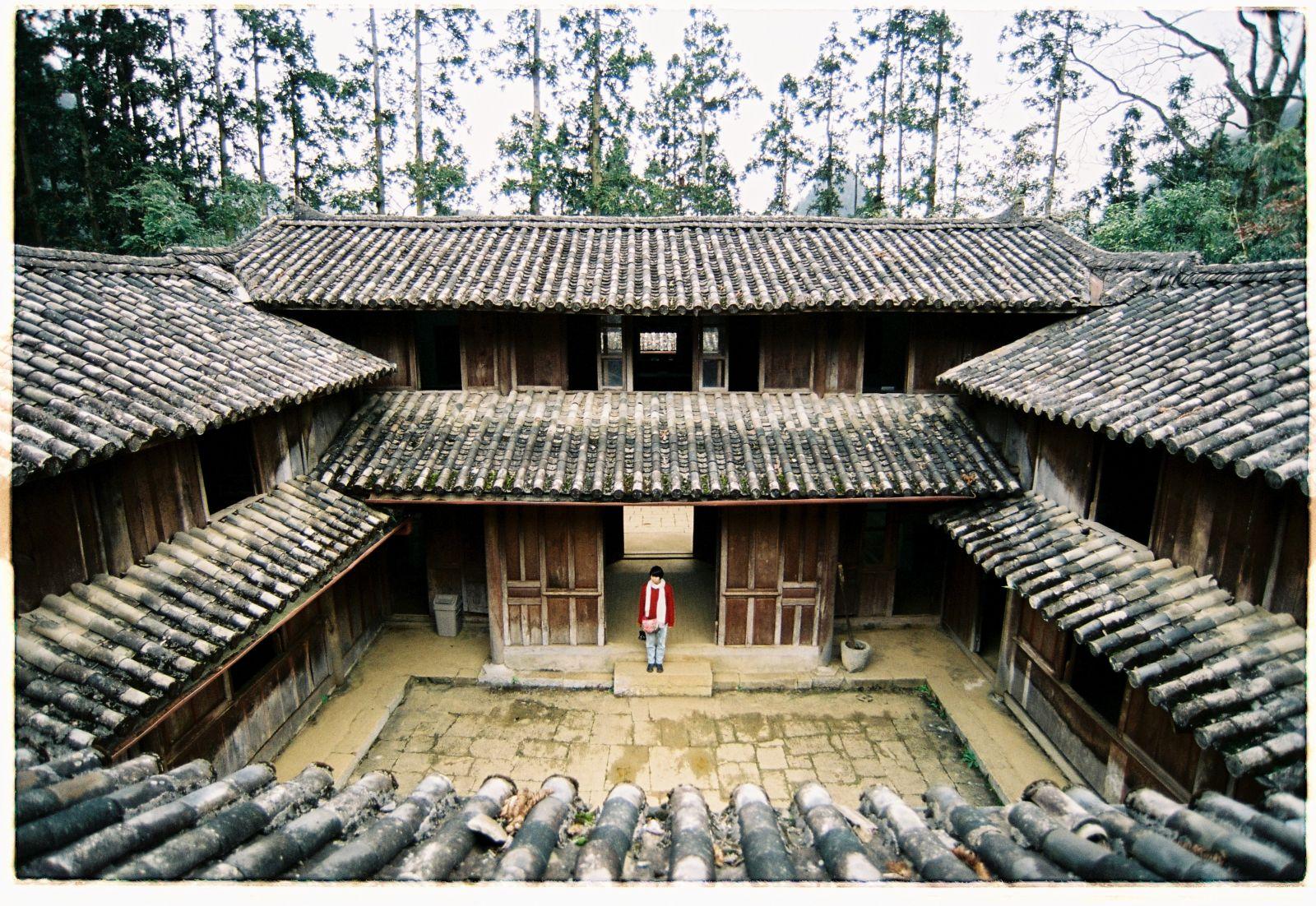 Toàn bộ dinh thự vua Mèo có diện tích gần 3.000 m2