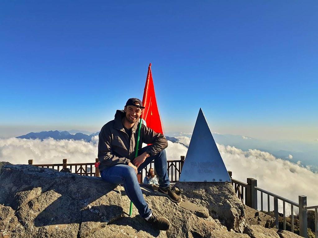 Fansipan là ngọn núi cao nhất Việt Nam
